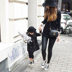 mother, daughter, fashion mother, fashion daughter, converse, YSL, black hat, lady in black