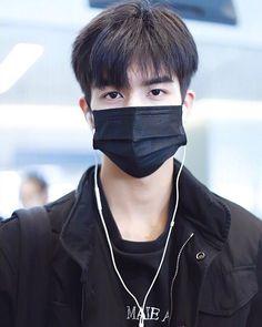 Hot Korean Guys, Korean Men, Song Wei Long, Ulzzang Boy, Asian Actors, Actor Model, Boyfriend Material, Handsome Boys, Asian Fashion