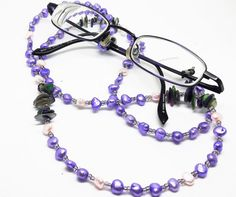 Freshwater Pearl glasses chain, eyeglass chain, spectacle chain, eyewear lanyard, pearl necklace, spectacle holder, reading glasses holder