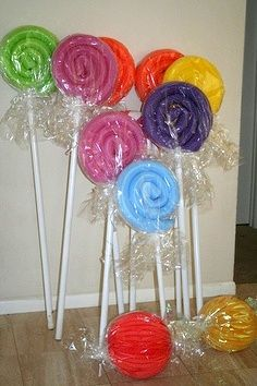 """Swimming Pool Noodle """"Candy""""-great for Christmas candy yard decorations! (get noodles now, in summer!) - Too cute! Flickr by jlund2008 Pinned from flickr.com"""
