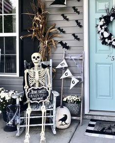 Creepy Halloween Decorations, Halloween Celebration, Diy Halloween Decorations, Outdoor Decorations, Halloween Desserts, Outdoor Halloween Parties, Halloween Displays, Fall Halloween, Halloween Crafts