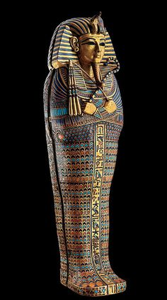 Coffinette of Tutankhamun, Egyptian museum detail of wing, scaley chevron cobra stripes