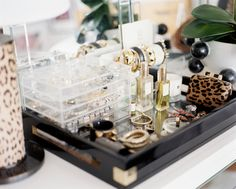 Love Michelle's use of lucite drawers to both organize and showcase her jewelry collection in @Lonny