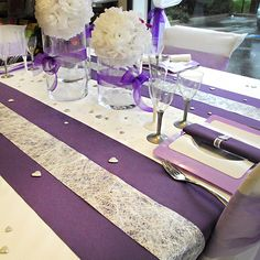 Table de mariage violette, argent et blanche #mariage #artsephemeres www.artsephemeres.com