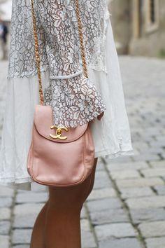 { Rice and Beans Vintage , Vintage Chanel bag/ Dallas Shaw } Runway Fashion, Fashion Models, Womens Fashion, Fashion Tips, Fashion Trends, Fashion Designers, Paris Fashion, Style Fashion, Vintage Chanel Bag