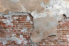 An old brick wall with cracked stucco layer background Textured Brick Wallpaper, Textured Walls, Old Brick Wall, Old Wall, Break Wall, Brick Interior, Interior Design, Old Bricks, Industrial Living