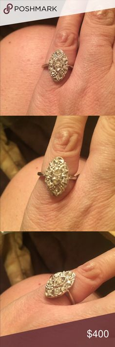 Gorgeous Vintage Diamond Ring Size 6 Diamonds Set In 14kt. White Gold Setting. Ring is STAMPED 14k on Ring. Jewelry Rings