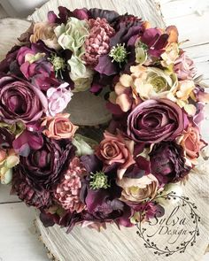 Wreaths And Garlands, Coron, Flower Decorations, Floral Wreath, Fall, Spring Wreaths, Flowers, Wreath Ideas, Instagram