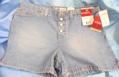 """NWT RIVETED Faded Glory Size: Ladies 6 *Authentic style 4 1//2"""" Basic short Blue #FadedGlory #Jeansshorts"""