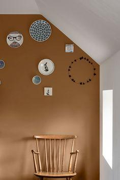 Flexa / Dulux Colour Features colour of the year 2019 Home Decor Items, Home Decor Accessories, Cheap Home Decor, Bedroom Colors, Bedroom Decor, Brown Color Schemes, Living Room Color Schemes, Brown Walls, Gothic Home Decor