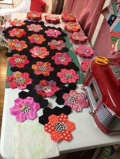 I'm working on my Kaffe Fassett hexi quilt again!!i hope to finish it this year!