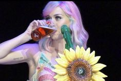 """Katy Perry - on stage singing """"Double Rainbow""""! Prismatic World Tour, Katy Perry Photos, May 7th, Jennifer Aniston, My Idol, The Incredibles, Photoshoot, Celebrities, Beauty"""