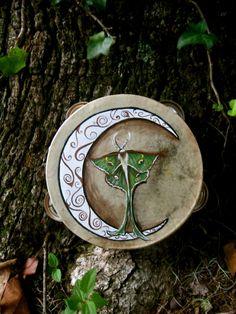 eirecrescent:  Luna Moth- Ritual tambourine! *here*