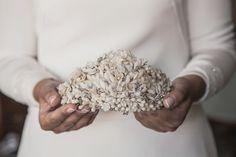 Tocados — Carmen María Mayz Wedding Day, Wedding Rings, Wedding Stuff, Wire Art, Bridal Headpieces, Bridal Accessories, New Baby Products, Handmade Jewelry, Bride