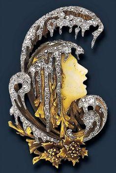 Art nouveau Winter Maid By Lalique
