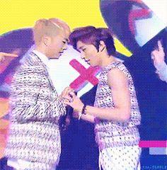 Bahahahah Yongguk's awkwardness is so strong