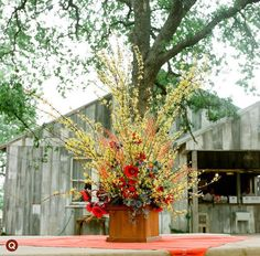 red-and-yellow-wedding-flowers