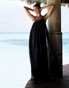 Tropical beach escape - black beach maxi dress cover-up - pool Glamour