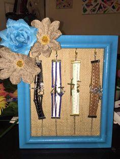 Kari Johnson created this awesome infinity bracelet display.