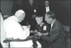 Pope John Paul ii and Visionary Maureen Sweeny Kyle with her husband