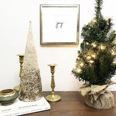 """This little cutie frame from @framebridge was the perfect addition to my holiday decor. The gorgeous metallic champagne color has the perfect subtle sparkle that I couldn't resist."""