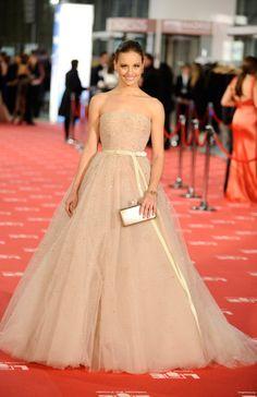 Michelle Jenner con un vestido de corte princesa de Zuhair Murrad