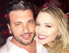 Cantora Thaeme Mariôto se casa em praia do México | Notas Celebridades - Yahoo Celebridades Brasil