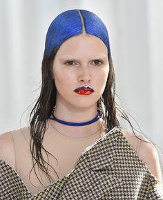 Le maquillage glitter du défilé Maison Margiela haute couture automne-hiver 2017 2018