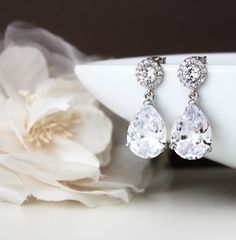 Sparkly Wedding Earrings Bridal Jewelry by DreamIslandJewellery