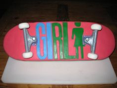 skateboard cake By turtlesoup on CakeCentral.com
