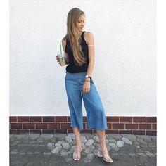 Culotte X Mango sandals, Trend-Alarm! Happy Weekend! #love#amazing #style #picoftheday #happy #followme #stilkolik #fashionblog #fashion #blogger #bestoftheday #blog #outfit #Zaralovers_ #fashionblogger_de #photooftheday #fashionvote #inspo #blogger_de#instamood #instafashion#fromwhereistand#outfitpost#styleblogger #ootd#streetstyleluxe #chanel#culotte#mangoshoes