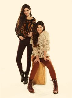 #outfits #style #fashion #beige #brown #black #sweaters #sweatshirts #cute #boots #combatboots