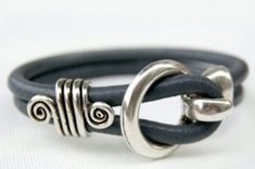 5 Minute Leather Bracelet | AllFreeJewelryMaking.com