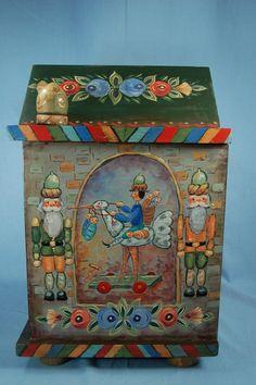 Acorn Cabinet