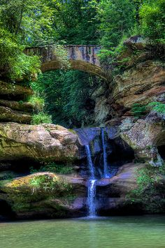 Upper Falls, Ohio, near 'Old Mans Cave', US