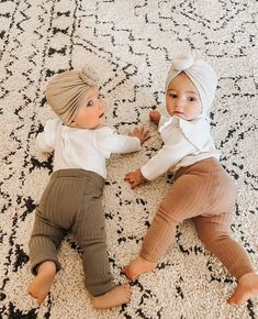 Cute Baby Pictures, Baby Photos, Baby Girl Fashion, Kids Fashion, Cute Kids, Cute Babies, Baby Kind, Baby Boutique, Cute Baby Clothes