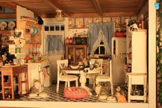 """Creatin' Contest Honorable Mention """"Violet the Crazy Cat Lady's Country Cottage"""" by Elizabeth Smith"""