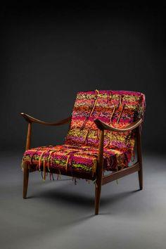 Poltrona Jangada, estofado tricotado à mão em aproximadamente 40 horas de trabalho.  http://www.reginamisk.com.br https://www.facebook.com/inventivebureau