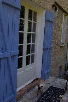 Fenêtre peinte et inspectée par Dinah