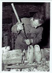 Klompenmaker Van Aarle