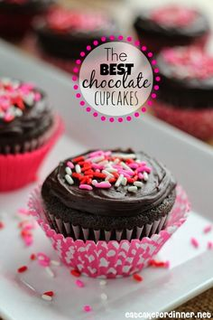 The BEST Chocolate Cupcakes with Cheesecake Filling - These cupcakes are one of the best chocolate desserts you will ever put in your mouth.