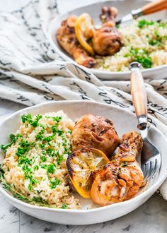 These lemon garlic roasted chicken legs are loaded with flavors, perfect for a super quick dinner which includes a really fast prep, no bowls to wash, and only ONE pan!
