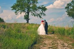 I love this stunning image from an Indian springs metro park wedding. Tattooed, off beat bride