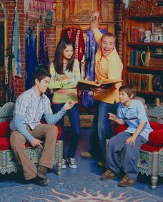 Awe Inspiring 107 Best Wizards Of Waverly Place Images In 2019 Wizards Ibusinesslaw Wood Chair Design Ideas Ibusinesslaworg