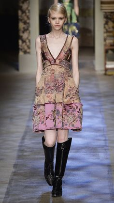 Erdem Fall/Winter 2015 via @stylelist | http://aol.it/1Dr5fM6