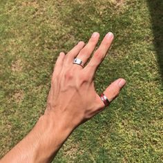 veiny hands choking ~ veiny hands - veiny hands aesthetic - veiny hands guys - veiny hands with rings - veiny hands women - veiny hands choking - veiny hands man - veiny hands girl Hands With Rings, Rings For Men, Pretty Hands, Beautiful Hands, Veiny Arms, Arm Veins, Hot Hands, Hand Pictures, Daddy Aesthetic