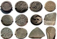 Selection of carvings from the Castro de Santa Trega - Triskelion - Wikipedia, the free encyclopedia
