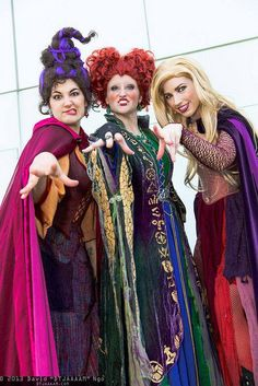 Hocus Pocus witches: Mary Sanderson, Winifred Sanderson, and Sarah Sanderson | Comikaze Expo 2013