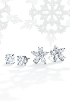 Tiffany OFF! Dazzling through the snow. Platinum earrings with mixed-cut and round brilliant diamonds are reminiscent of frosty falling flakes. Tiffany Earrings, Tiffany Jewelry, Women's Earrings, Silver Earrings, Platinum Earrings, Diamond Earrings, Jewelry Trends, Jewelry Accessories, Titanic Jewelry