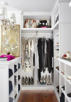 Collection of closet designs to organize your master bedroom, bring comfort and luxury into your home organization. Walk in closet design ideas Modern bedroom design with walk-in closet and sliding doors Custom-built walk-in closets are luxurious Dressing Ikea, Dressing Chic, Dressing Room Closet, Closet Bedroom, Closet Space, Walk In Closet, White Closet, Master Closet, Small Walk In Wardrobe